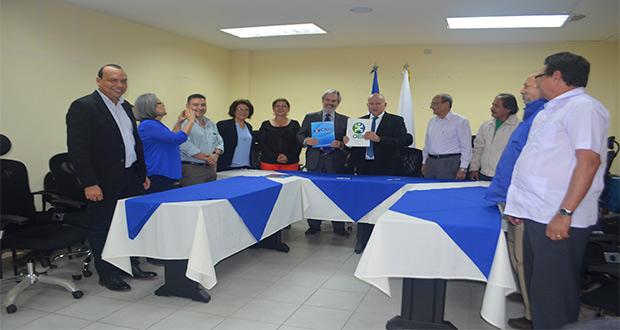 CNU y OEI firman Adendum para fortalecer la educación superior nicaragüense.