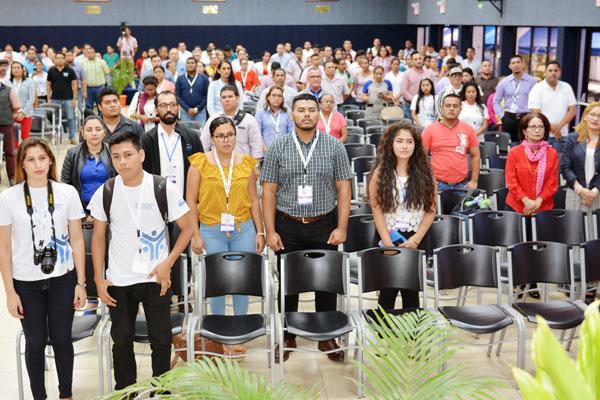 Participantes de las universidades miembros del CNU, MINED y Tecnológico Nacional.