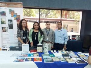 Docentes y responsables de bibliotecas del CNU durante el lanzamiento del Festival Nacional de Publicaciones Educativas.