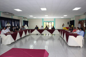 Participantes del conversatorio realizado en FAREM Carazo.