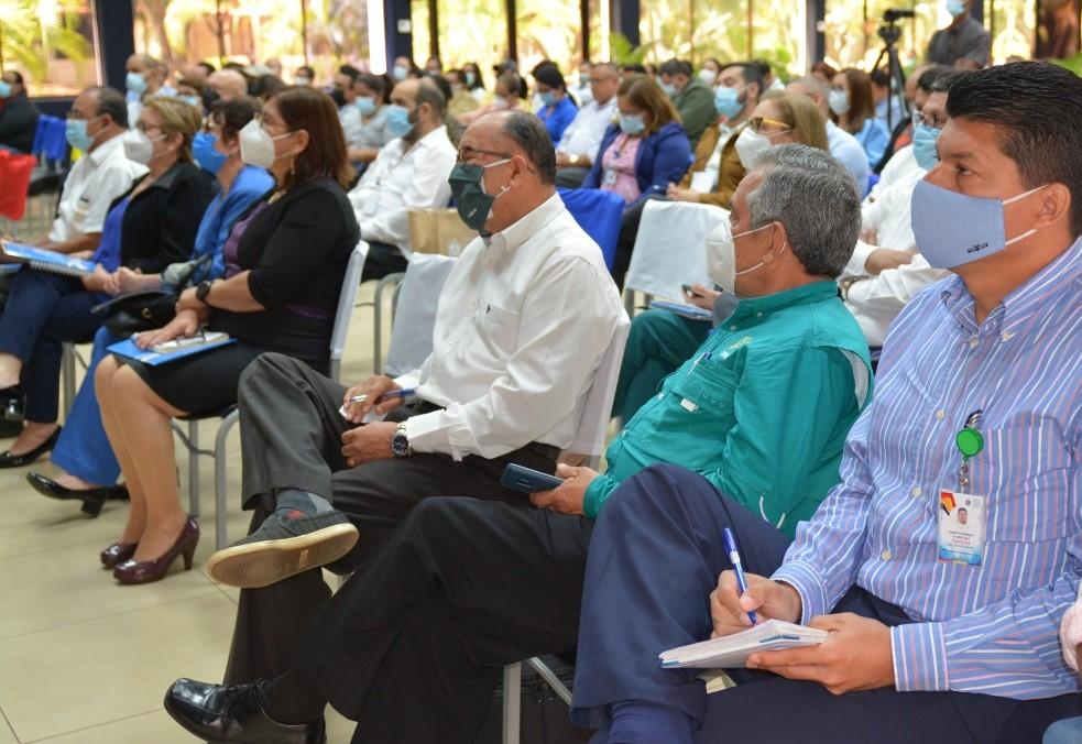 Autoridades de las universidades miembros de CNU.