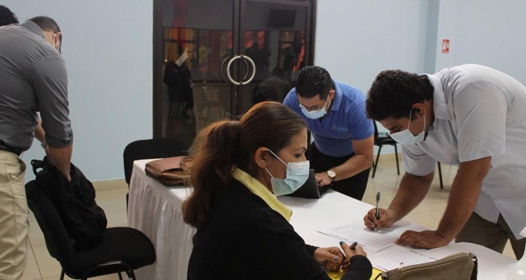 Inscripción de los participantes del evento.